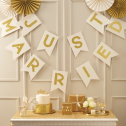 Banner Creme Gold Just Married 3m